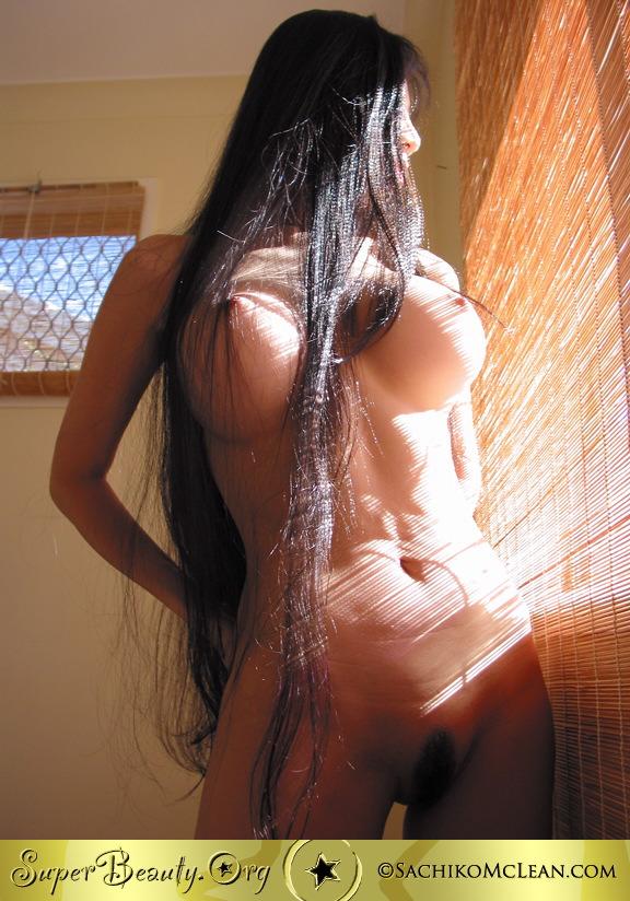 mclean nude Sachiko